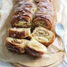 Zimtschnecken Brot – Bake to the roots