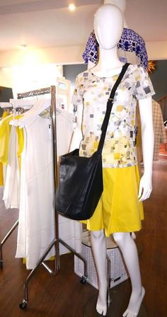 Print top and yellow pleat skirt from 2ND Day