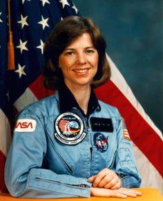 Bonnie Dunbar, Mission Specialist