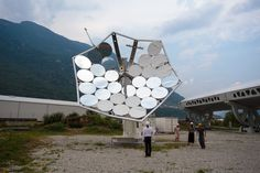 The Solar Sunflower: Harnessing the power of 5,000 suns | Ars Technica
