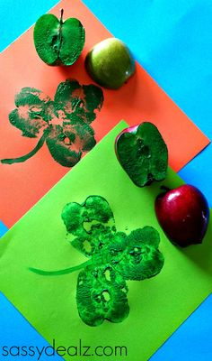 Apple Shamrock Stamp Craft for St. Patrick's Day #DIY #Stpatricksday kids craft #art project | CraftyMorning.com