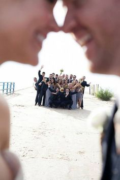 Funny wedding party photo ideas with bridesmaids and groomsmen / http://www.deerpearlflowers.com/wedding-photo-ideas-with-bridesmaids-and-groomsmen/2/