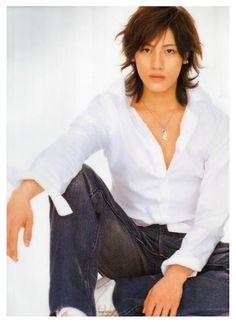 Jin Akanishi Jin, Man Bun, Japanese Artists, My Crush, Male Beauty, Asian Men, Handsome Boys, Pretty Pictures, Korean Actors