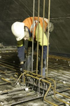 Fixing reinforcements, Kenny Constructions during Airport Links project.