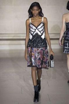 """Louis Vuitton """"Moda"""