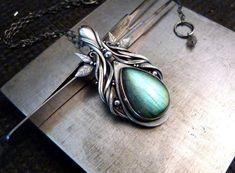On my workbench - fine silver pendant with Labradorite Elf pendant Jewelry Art, Gemstone Jewelry, Jewelry Design, Silver Jewelry, Silver Pendants, Silver Pendant Necklace, Celtic Knot Necklace, Natural Stone Jewelry, Metal Clay