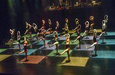 'A Linha Curva' Choreography, lighting and costumes: Itzik Galili, performed by Rambert Dance Company at Sadler's Wells Theatre, photo: Alastair Muir