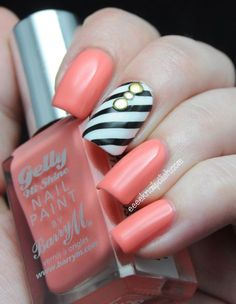 For a color that pops, nothing beats coral. Stripes, floral designs, and polka dots are all winning designs! If you want extra sparkle, metallic gold is your best bet. - See more at: http://www.quinceanera.com/make-up/top-nail-designs-by-color/#sthash.fFGmLMHJ.dpuf