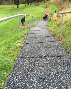 How To Make A Walkway Down A Steep Slope Cabin Steep Gardens Hillside Landscaping Landscape Stairs