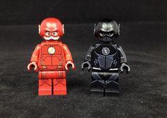 Christo Flash & Zoom Custom Minifigures Lego Justice League, Batman Lego, Lego Marvel, Legos, Flash Wallpaper, Toys Land, Amazing Lego Creations, Lego Pictures, Comics