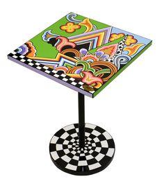 Diesen Toms Drag Beistelltisch gibt ist in drei verschiedenen Ausführungen - erhältlich bei www.amaru-design.com