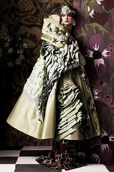 Paul Poiret Fashion Designer   paul poiret o estilista que criou a silhueta feminina do seculo 20 o ...
