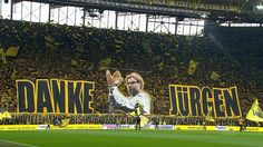 Borussia Dortmund's famous Yellow Wall, gave Jürgen Klopp an atmosphere to remember, with an incredible tifo that they displayed for the seven-year-reigning head coach.