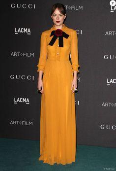 Dakota Johnson assiste au gala Art+Film 2015 du LACMA au LACMA (Los Angeles County Museum of Art). Los Angeles, le 7 novembre 2015.