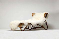 Rare Franco Albini chaise longue for Vittorio Bonacina circa with Icelandic Sheepskin pelt. Funky Furniture, Vintage Furniture, Home Furniture, Furniture Design, Vintage Chairs, Take A Seat, Chair Design, Decoration, Mid-century Modern
