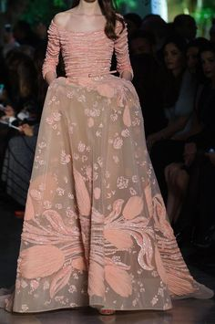 skaodi:  Elie Saab Haute Couture Spring/Summer 2015.Paris Fashion Week.