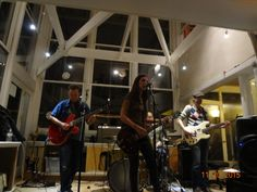 New post on Geoff Wilbur's Music Blog. Live review of Sarah Borges' November 20th gig at The Backyard.