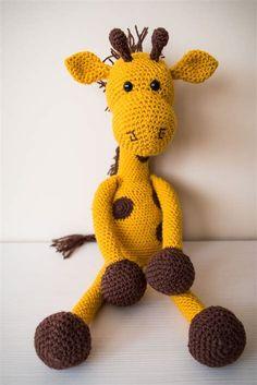 Crochet Giraffe Pattern, Crochet Amigurumi Free Patterns, Crochet Bear, Cat Pattern, Crochet Animals, Crochet Toys, Crochet Christmas Trees, Christmas Tree Pattern, Star Wars Crochet