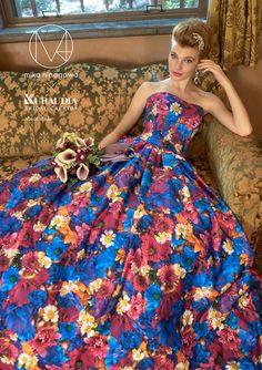 蜷川実花ディレクションのウェディングドレス第2弾がお披露目。ブライズルームも大阪にオープン 18枚目