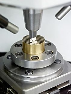 701S - Willemin-Macodel - Switzerland701S. Willemin-Macodel 701S Machine. The 701S machining center, the very essence of innovation, offers unrivaled precision and dynamic control for micro-machining applications. Automatic tool selection available.