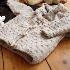 Child's hooded jacket free knitting pattern.