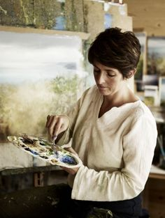 Amanda Hoskin, Cornish Artist. Photo: Andrew Montgomery.