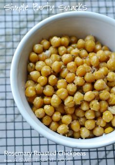Rosemary Roasted Chickpeas: A perfect snack for your next cocktail party. #party #snacks