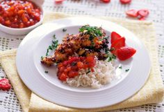 Hühnerfilet in Erdbeerpanier Foto: A. Chutney, Risotto, Grains, Rice, Ethnic Recipes, Food, Dehydrated Strawberries, Recipes With Chicken, Easy Meals