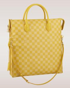 #LouisVuitton Damier Couleurs Mobil Tote Mimosa Pre Owned Louis Vuitton, Louis Vuitton Handbags, Louis Vuitton Damier, Mk Handbags, Beautiful Handbags, Beautiful Bags, Jaune Orange, Ring Verlobung, Mellow Yellow