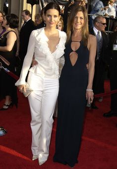 jennifer aniston- courtney cox