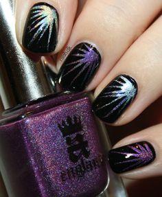 Nytårsnegle #newyearsnails #nailart #holographic #aengland #crownofthistles #nailpolish #neglelak #nails