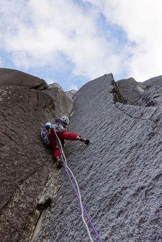 Vikki Weldon And Jo Bulmer Climb Cochamo, Chile