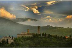 San Severino Marche. Il castello