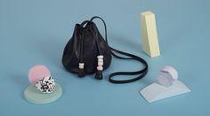 BALLOON MINI NEGRO bag from LEATHER TOYS collection -LESS BORE- #handmade #slowfashion #modaresponsable #diseño #bolso #cuero #leather #bag #lessbore