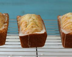 Vanilla Yogurt Bread A light, fluffy, moist quick bread that is purely vanilla flavor. Perfect for pairing with berries and whip cream. Vanilla Yogurt Cake, Yogurt Bread, Yogurt Bites, Yogurt Bowl, Homemade Yogurt, Homemade Vanilla, Yogurt Popsicles, Yogurt Recipes, Vanilla Flavoring