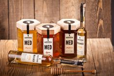 Radosevic Honey Package by Leo Vinkovic, via Behance  The wooden honey-comb…