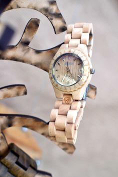Tick tock tick tock #reloj de #bambu de #Bonoboss $49.900 con envío gratuito Aceptamos cambios www.bonoboss.cl