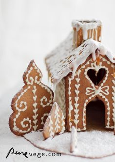 gingerbread  house ♥