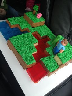 The boys I watch would love this Minecraft cake! They're still playing Minecraft downstairs right now instead of sleeping. Minecraft Party, Bolo Minecraft, Minecraft Birthday Cake, Easy Minecraft Cake, Minecraft Crafts, Minecraft Skins, Pokemon Birthday, 6th Birthday Parties, 10th Birthday