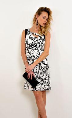 Pause Café, Pret A Porter Feminin, Catalogue, Dresses, Fashion, Spring Summer, Ongles, Womens Fashion, Vestidos