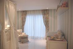 Finalmente o quarto de bebê da Alice está pronto! Só falta ela! Como já tinha mostrado para vocês, escolhi fazer o quarto nas cores azul, ...