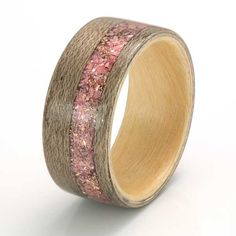 Eco Wood Rings. Greyed maple ring with a liner of magnolia and an inlay of rose petals, rose gold shavings and light pink agate C301