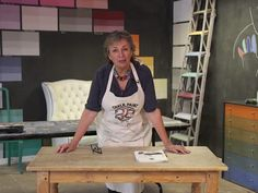 Annie Sloan demonstrates how to use Chalk Paint to stain wood