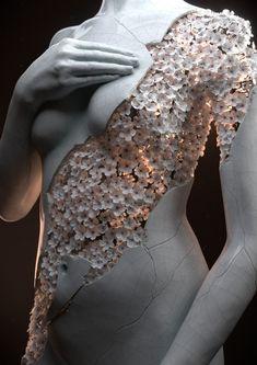 Flower Figures by Jean-Michel Bihorel | The Dancing Rest https://thedancingrest.com/2016/06/29/flower-figures-by-jean-michel-bihorel/