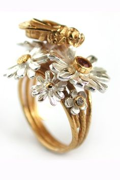 ≗ The Bee's Reverie ≗ Bee Ring - Alex Monroe