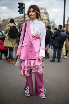 Chanel PVC Hats Were Everywhere On the Final Day of Paris Fashion Week - Fashionista Look Fashion, Paris Fashion, Fashion Outfits, Womens Fashion, Fashion Blogger Style, Fashion Design, Fashion Trends, Fashion Inspiration, Fashion Weeks