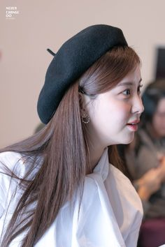 GIRLS GENERATION, the best source for photography, media, news and all things related. Sooyoung, Yoona, Snsd, Kpop Girl Groups, Korean Girl Groups, Kpop Girls, Yuri, Rosacea, 1 Girl