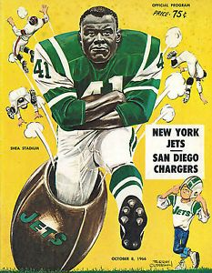 Jets program from It wasn't all Namath bombs with Matt Snell rolling over people. New York Giants Football, Nfl Football Players, Football Art, Football Program, Vintage Football, School Football, American Football League, National Football League, Nfl Sports