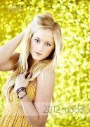 AlexisBracagliaMODEL013 128x180 meet alexis bracaglia   3 girls 2012 senior model from edmond memorial