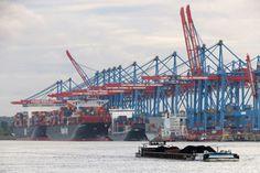 Hafen Hamburg setzt verstärkt auf das Binnenschiff - http://www.logistik-express.com/hafen-hamburg-setzt-verstaerkt-auf-das-binnenschiff/
